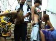 2 สาวญี่ปุ่น แต่งชุดบิกินี่ ออกมาเล่น มายั่วผู้ชาย